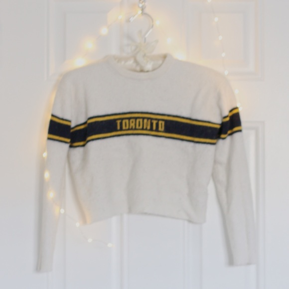 Brandy Melville TORONTO Wool Sweater